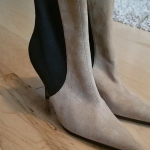 Dolce & Gabbana ankle Boots with heels New no tags